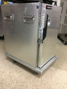 Cres Cor 309 128c Insulated Half size Transport Cabinet