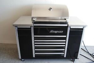 Snap On Black Epiq Bbq Gas Grill With Blue Tooth Stereo