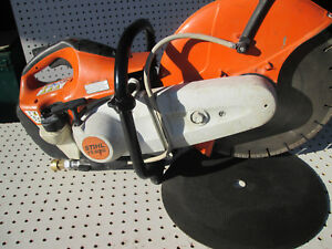 Stihl Ts420 Concrete Cut off 14 Saw with Concrete And Abrasive Blades nice Saw