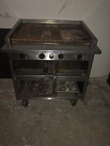 Bakers Pride Commercial Restaurant Charbroiler Gas Grill Retails For Over 6k