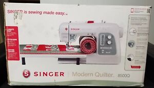 Singer 8500q Modern Quilter 215 stitch Sewing Machine W Extension Table