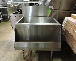 Perlick Ts24ch8 Commercial Ice Bin With 8 Circuit Cold Plate And Speed Rail
