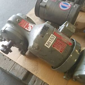 Dayton 3n469 1 2hp 3 Phase Right Angle Electric Gearmotor