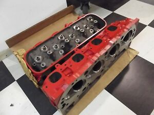 Nos Gm 14096188 Big Block Chevy Rectangle Cylinder Heads Corvette L88 89 427 454