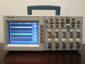 Tektronix Tds2014 100mhz 4 Channel 1 Gs s Digital Color Oscilloscope Cal d