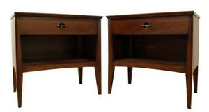 Pair Of Mid Century Danish Modern 1 Drawer Walnut Nightstands End Tables 25