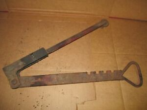 Farmall Super C 200 Fast Hitch Traction Lever