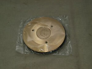 Hubbell Sf2525 Round Floor Box Cover And Flange Brass Combination New