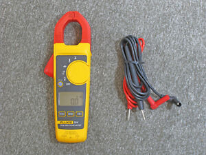 Fluke 324 Clamp Meter Read Issue With The Display When Turning On