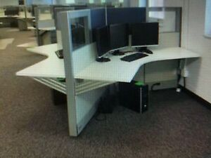 Nice 3 person Work Station Herman Miller Ao2 Cubicles read Description