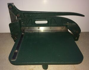 Lightly Used Green Hermes Sheet Metal Shear Bench Top Industrial Cutter