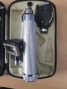 Welch Allyn Diagnostic Set Macroview Otoscope 23810 Ophthalmoscope 11720 W Case