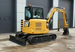 2017 Excavator Caterpillar 305e Blade Tracked A c