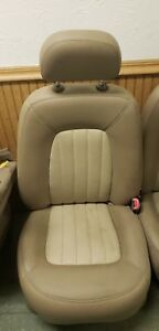 04 Ford Explorer Mercury Mountaineer Rh Passenger Front Leather Parchment Seat