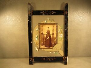 Victorian Antique Wooden Picture Frame Cabinet Card Photo Of Young Woman