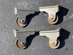 Set Of 4 Antique Cast Iron Floor Safe Caster Wheels Victor