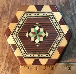 Small Wood Inlay Marguetry Box Hexagon 6 Sides 1998 Hinged W Clasp Spain Signed