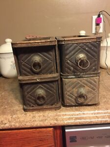 Set Of 4 Antique Singer Treadle Sewing Machine Drawers
