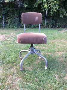Chair Vintage Office Desk Rolling Steelcase Mid Century Industrial Modernism