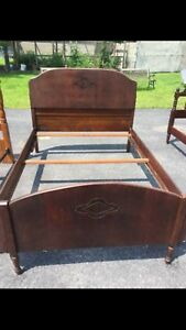 Antique Full Double Wooden Bed