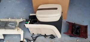 07 08 Cadillac Escalade Front Floor Center Console 30i Tan W Armrest Storage