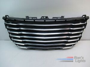2011 2014 Chrysler 300 Front Grille Oem Pre owned