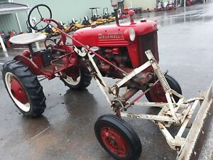 1950 Farmall Ih Cub Tractor Blade Cultivators plow Coulter Antique Vintage Used