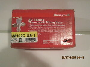 Honeywell Am102c us 1 1 Sweat Thermostatic Mixing Valve free Exp ship New In Bx