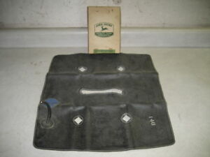 John Deere Tractor Model M mt mc Nos Air Bag Seat Cushion Pn Am473t