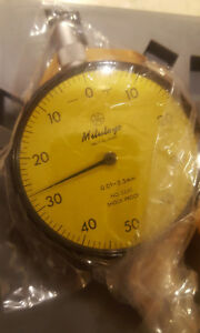 New Mitutoyo Dial Indicator 2231 01mm 2 5mm 1mm 0 50 0 Shock Proof Pristine