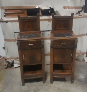 Antique Italian Pair Of Art Deco Night Stands Burl Walnut Nightstands