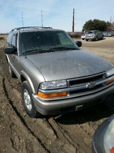 Console Front Floor Without Tow Package Fits 00 02 Blazer S10 jimmy S15 1524325