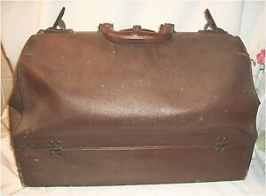 Vintage Large Leather Doctor Bag Bottom Compartment Locks Key Super
