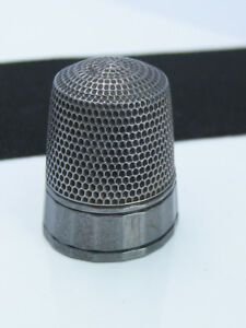 Antique Victorian Simons Brothers Sterling Silver Pleated Edge Sewing Thimble