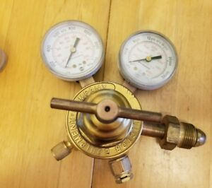 Victor Oxygen Regulator Sr250d Pre owned Good Condition