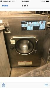Milnor 60lb Front Load Washer Extractor 208v 1 3 Ph Year 2006 Sell As Is