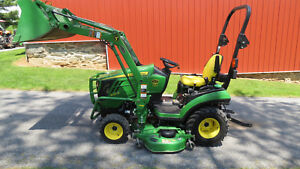2014 John Deere 1025r 4x4 Compact Utility Tractor W Loader Mower Hydro 238 Hr