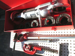 Ridgid 700 Pipe Threader W Vg Npt 12r Heads And Dies Set Exc