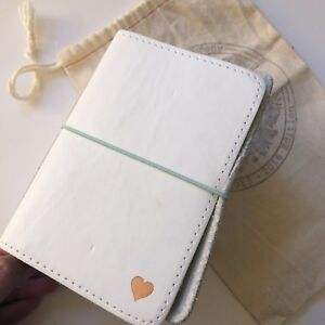 Foxy Fix Sugar Coconut No 2 Pocket Travelers Notebook Leather White