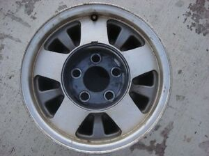 15 Gmc Sierra Alloy Truck Wheel 15 Inch 5 Lug 5x5 Oem 15x7 Gm Chevy