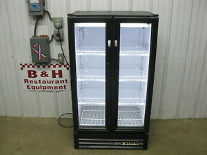 True Gdm 30 ld Glass 2 Door Merchandiser Refrigerator Pop Beer Beverage Cooler
