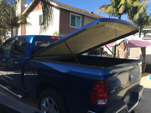 Dodge Ram Snugtop Fiberglass Bed Cover For 6 Foot Bed
