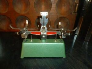 Vintage Green Red Metal Small Balance Scale