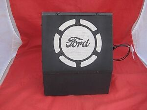 Beautiful 1933 34 35 36 Ford Ash Tray Radio Open Closed Car Philco Model N