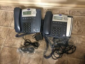 Lot Of 2 At t 945 4 line Small Business System Office Phones W Handsets 1 Power