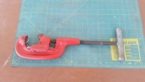 Ridgid Heavy Duty Pipe Cutter Model 1 8 To 2 No 1 2 Usa Works Well