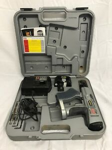 Senco Duraspin Drywall Screw Gun Driver With Case Ds200