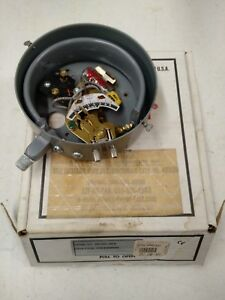 Dwyer Mercoid Tube Pressure Switch Da 7031 153 6