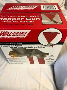 Wal board Tools Texture pro 200 Hopper Gun With 3 Spray Tips New