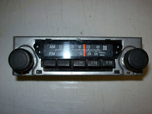 1980 1982 Toyota Hilux Pickup Pick Up Truck Am Factory Radio 86120 89113 Parts
